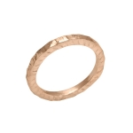 It ring in pink gold