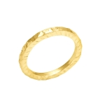 It ring in yellow gold