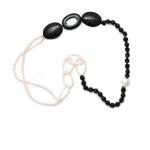 collier perles blanches et noires